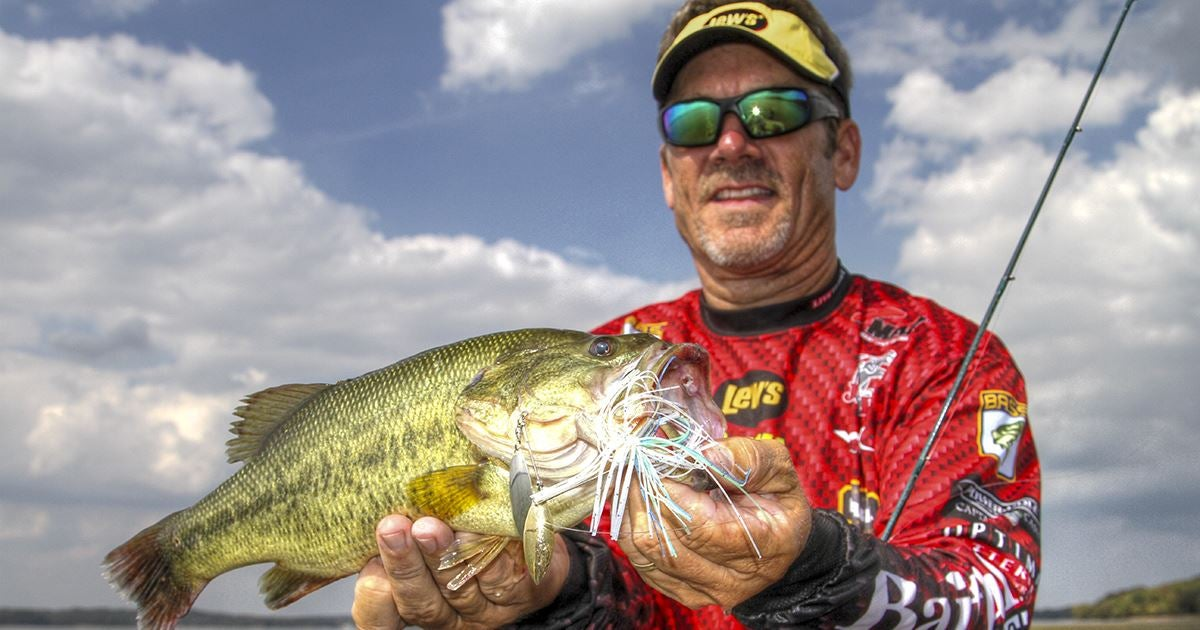 Why to fish the perimeter for grass bed bass for Bed fishing for bass