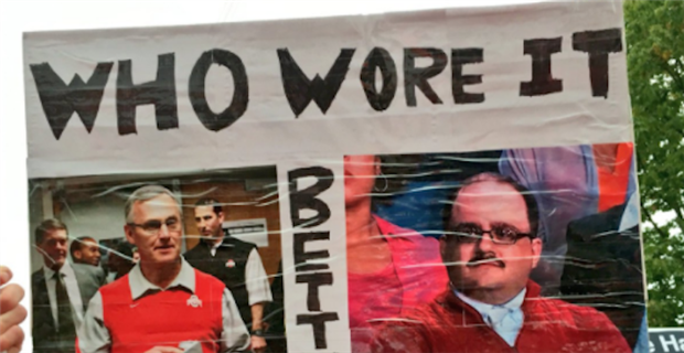 The best College GameDay signs Week 7 at Wisconsin