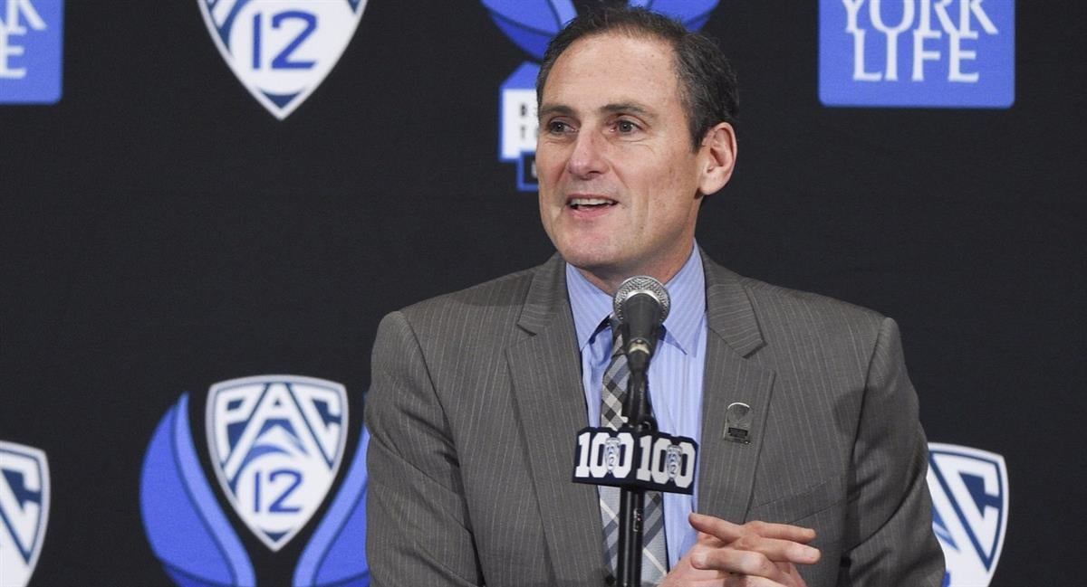 1-on-1 with Larry Scott on Pac-12 football's future