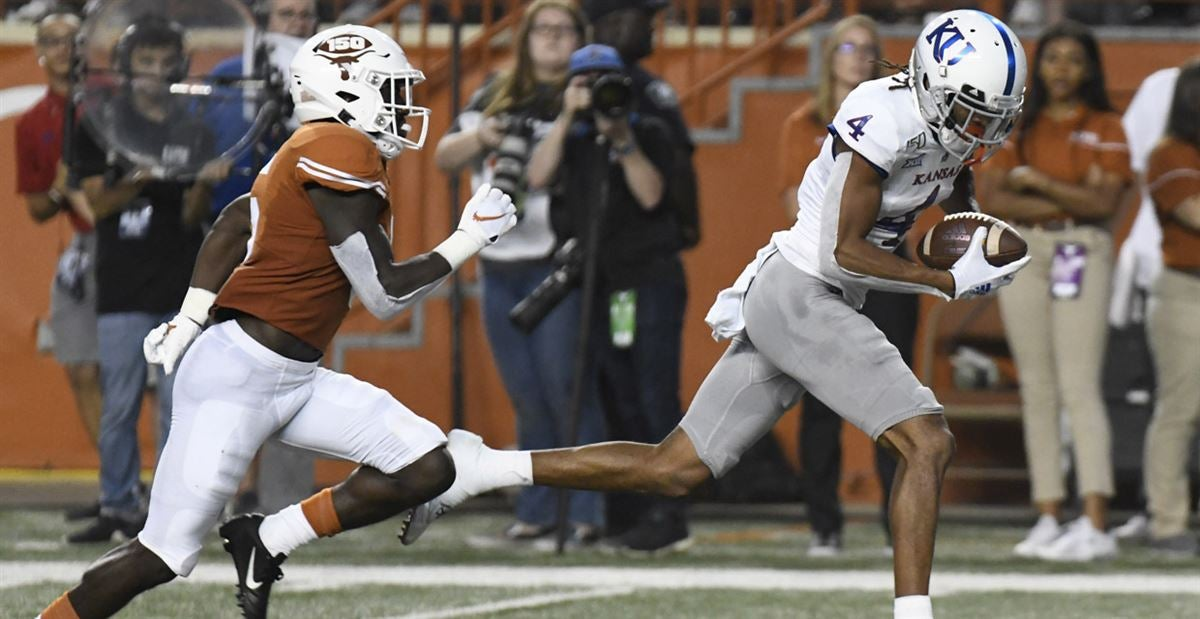Texas-Kansas Grades: New-look offense took advantage of ailing D