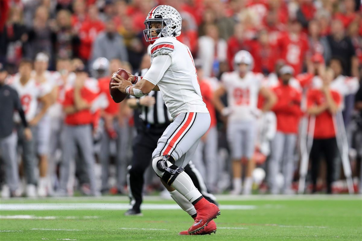 Sporting News releases early Top 25