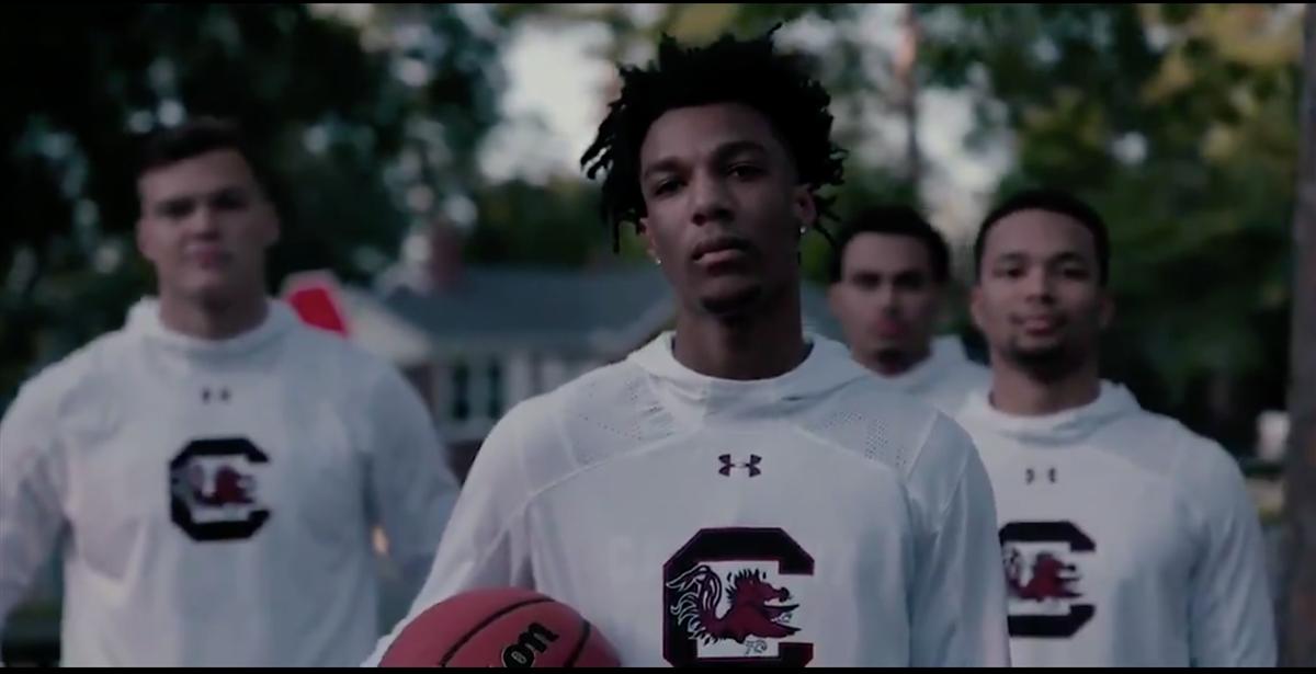 Gamecocks unveil new basketball uniforms