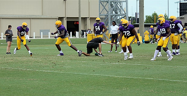 Watch: LSU defense in action in fall camp