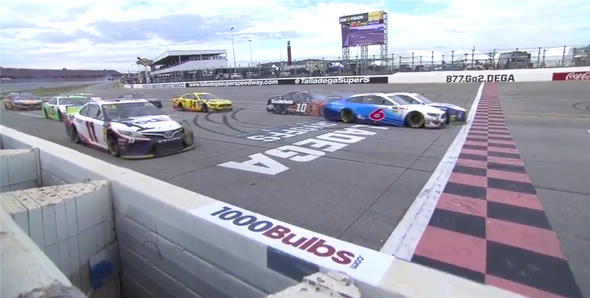 Ryan Blaney prevails in photo finish at Talladega Superspeedway