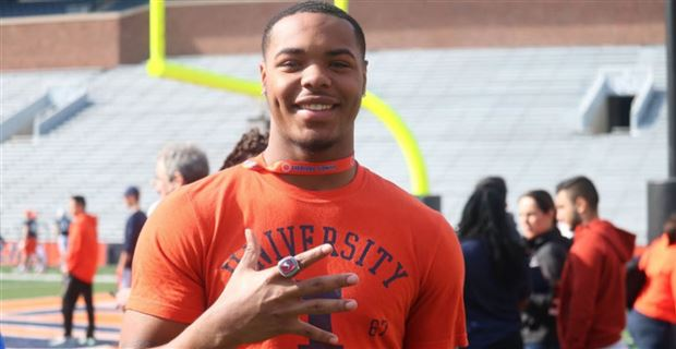 Coran Taylor 'still fully committed' to Illinois