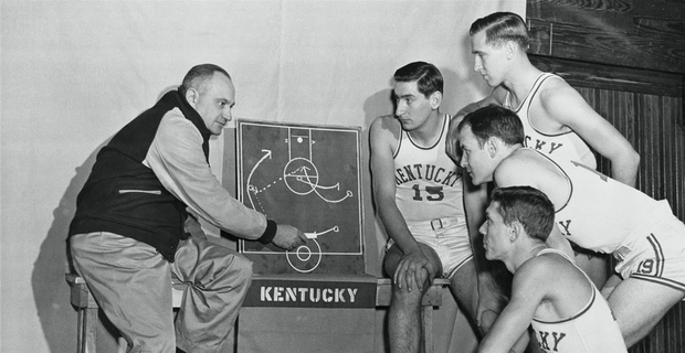 NCAA com names Kentucky team of the decade three times