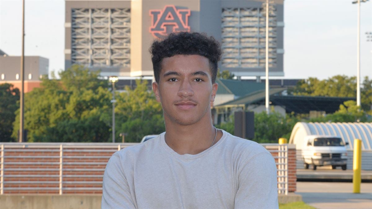 Auburn Visits Lives Up To The Hype For 4-Star Cam'Ron Kelly