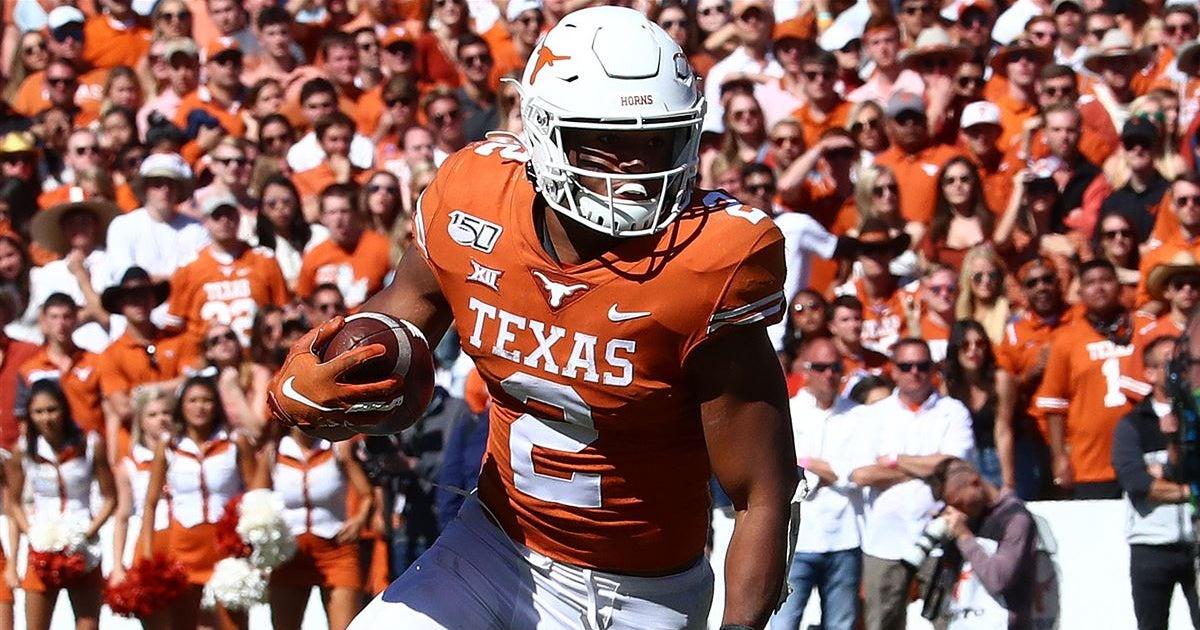 Starter or not, Roschon Johnson makes the Texas backfield better