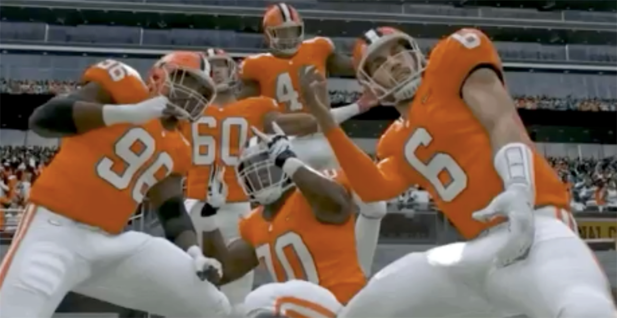 Madden 2020 includes College Football Playoff, 10 schools