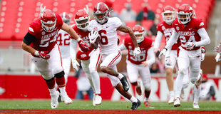 Alabama WR DeVonta Smith wins the 2020 Paul Hornung Award