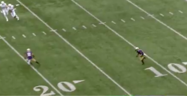 WATCH: Huskies flagged for odd rule on trick play