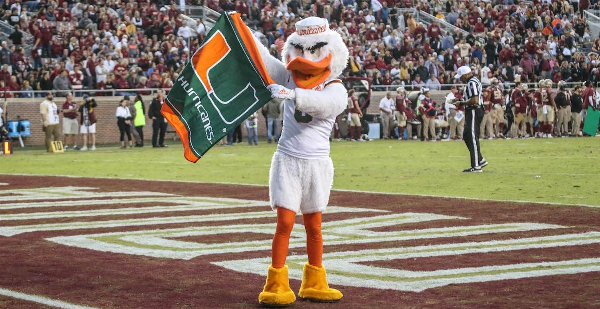 Miami moves up the team recruiting rankings after latest pledge