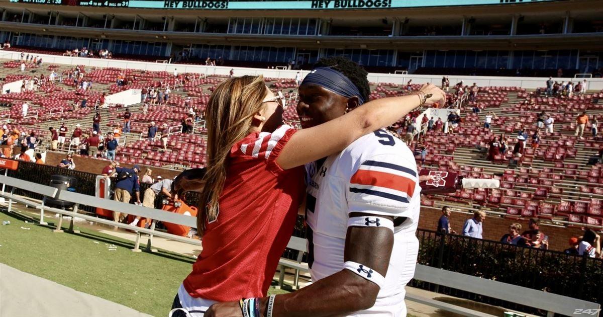 Brittany Wagner Hugs John Franklin Iii Last Chance U