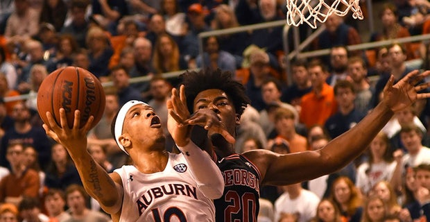 15 0 Auburn Up To No 4 In Ap Coaches Top 25 Basketball Polls
