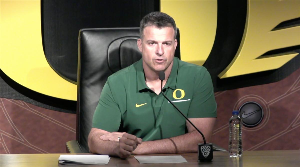 Video: Oregon HC Mario Cristobal talks on Monday ahead of UW