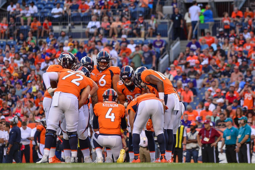 Broncos camp Day 14: Case Keenum sharp, defense dull