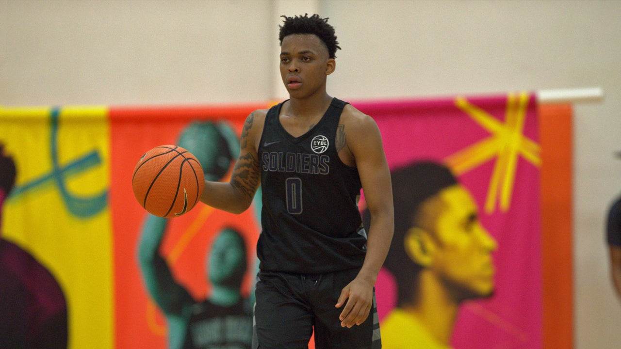 James Akinjo, No. 95, commits to Georgetown