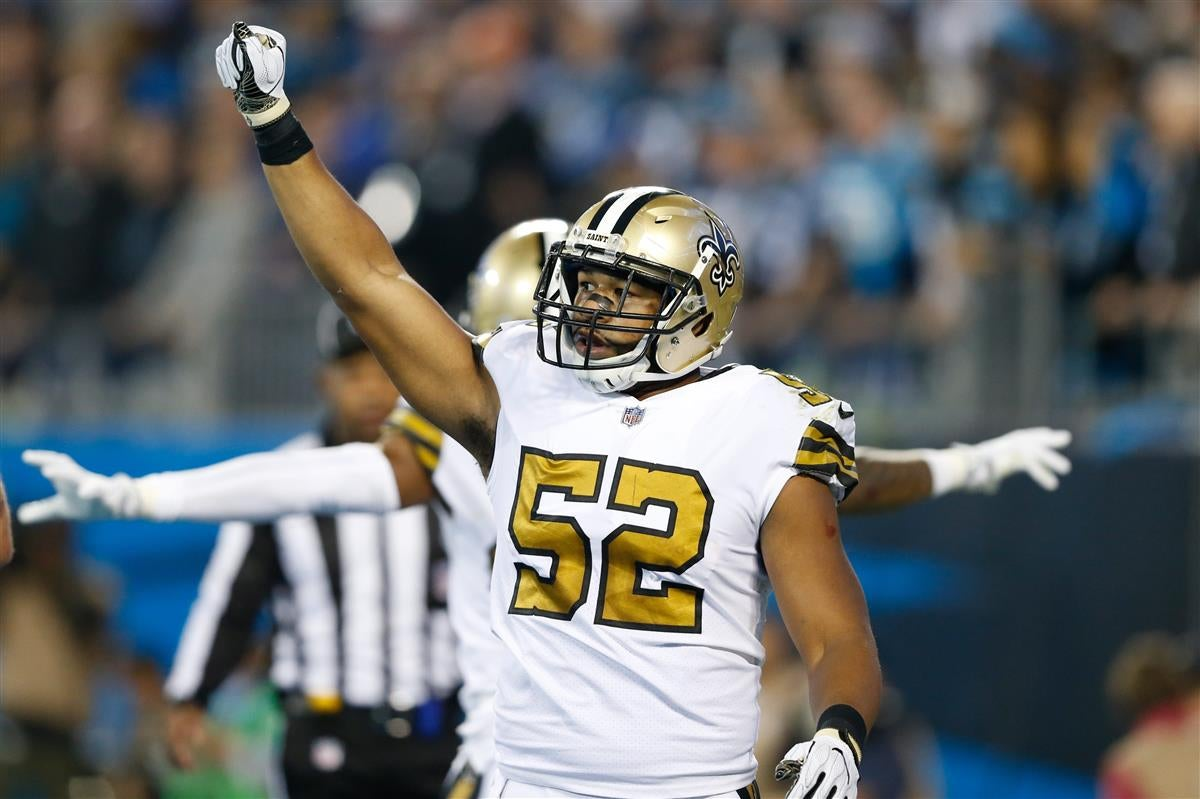 buy popular 37509 410ef Saints, Craig Robertson agree to terms on 2-year contract