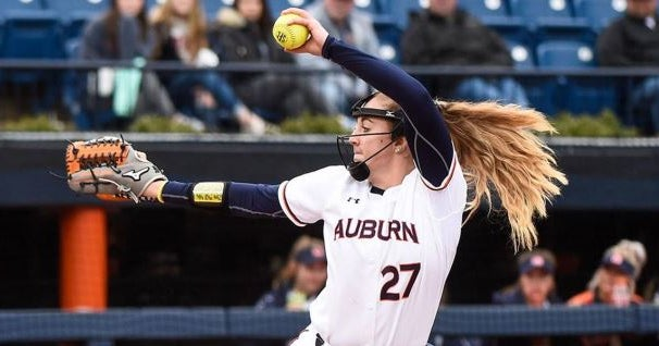 Auburn closes softball tournament with another run-rule win