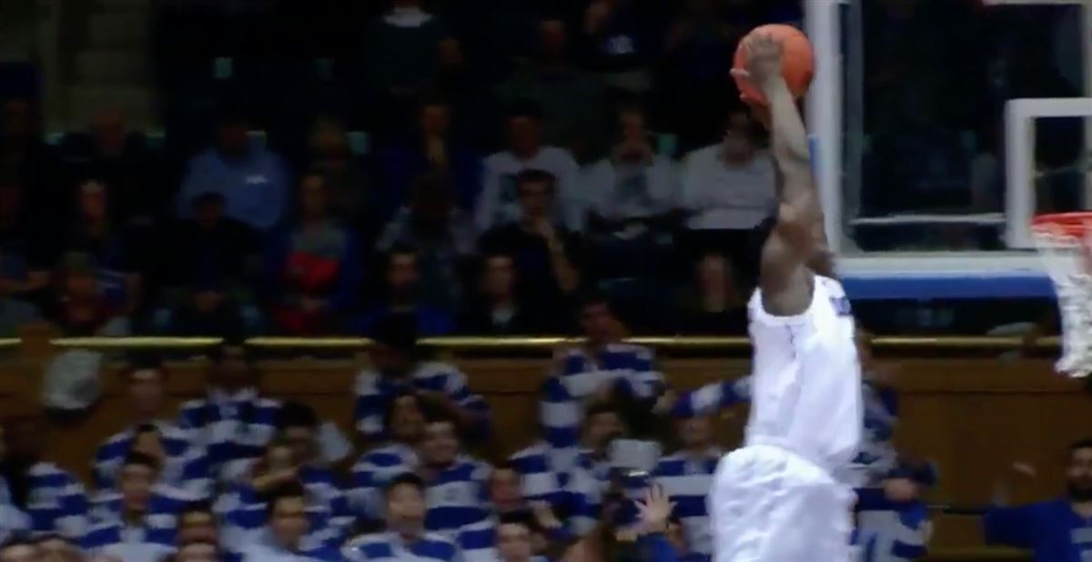 Zion Williamson gets eye-to-eye with the rim on alley-oop