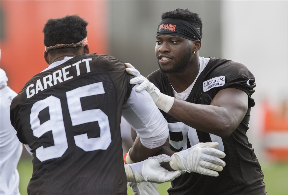 Browns release depth chart for Bills game