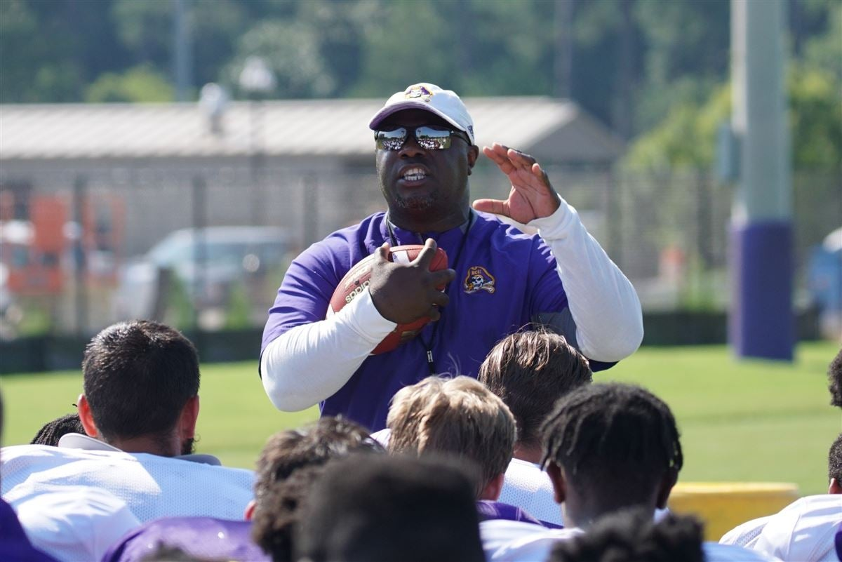 ECU waiting for feature back to emerge