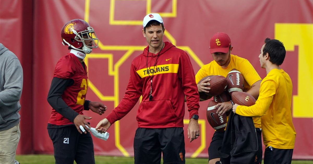 Report: No contact between USC OC Graham Harrell, Colorado