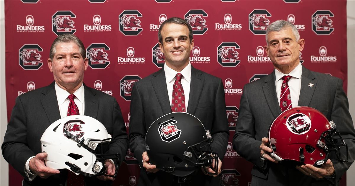Board of Trustees approves more football contracts