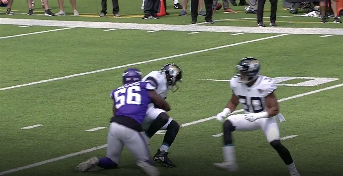 Vikings vs. Jaguars: Antwione Williams flagged for routine play