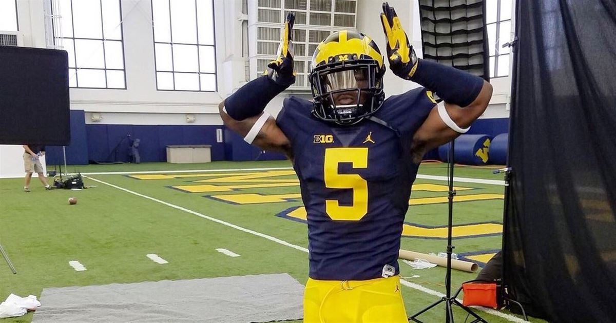 Nike NFL Jerseys - LOOK: First look at Michigan's players in new jerseys