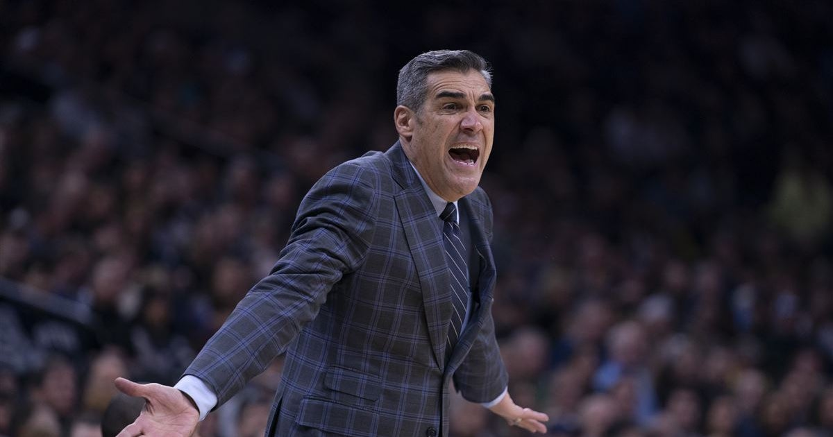 Report: Villanova's Jay Wright linked to Knicks coaching search