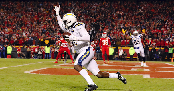Chargers win over Chiefs opens door for Patriots with No. 1 seed