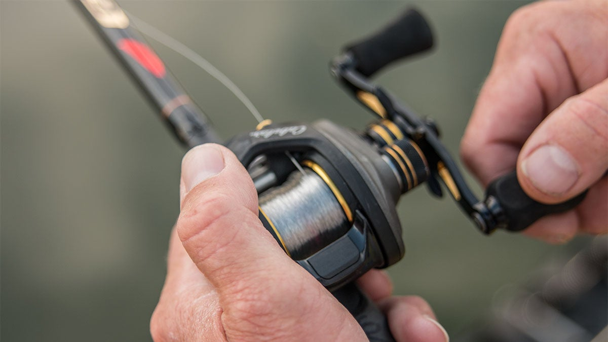 how to use a spinnerbait