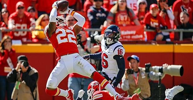 WATCH: Juan Thornhill notches first career NFL interception