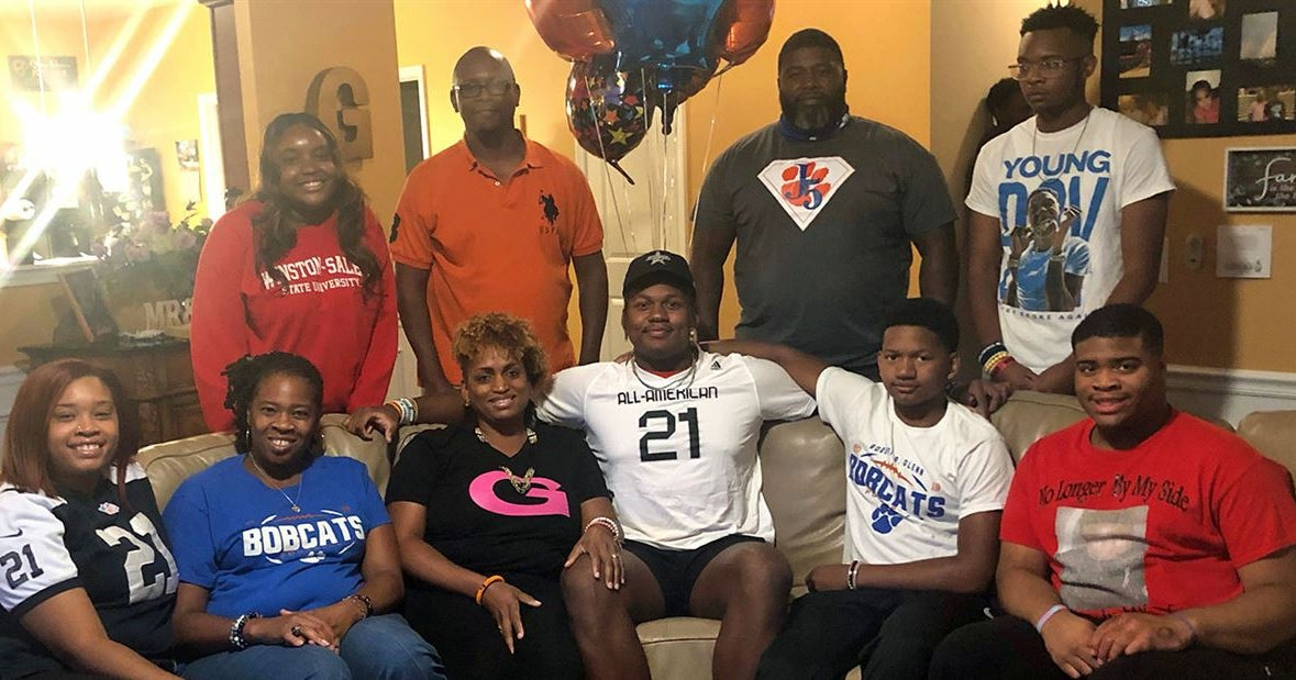 UNC football commit Jahvaree Ritzie awarded All-American Bowl jersey