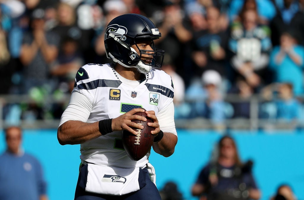 94cb5a260 Russell Wilson's career passer rating surpasses 100 after win