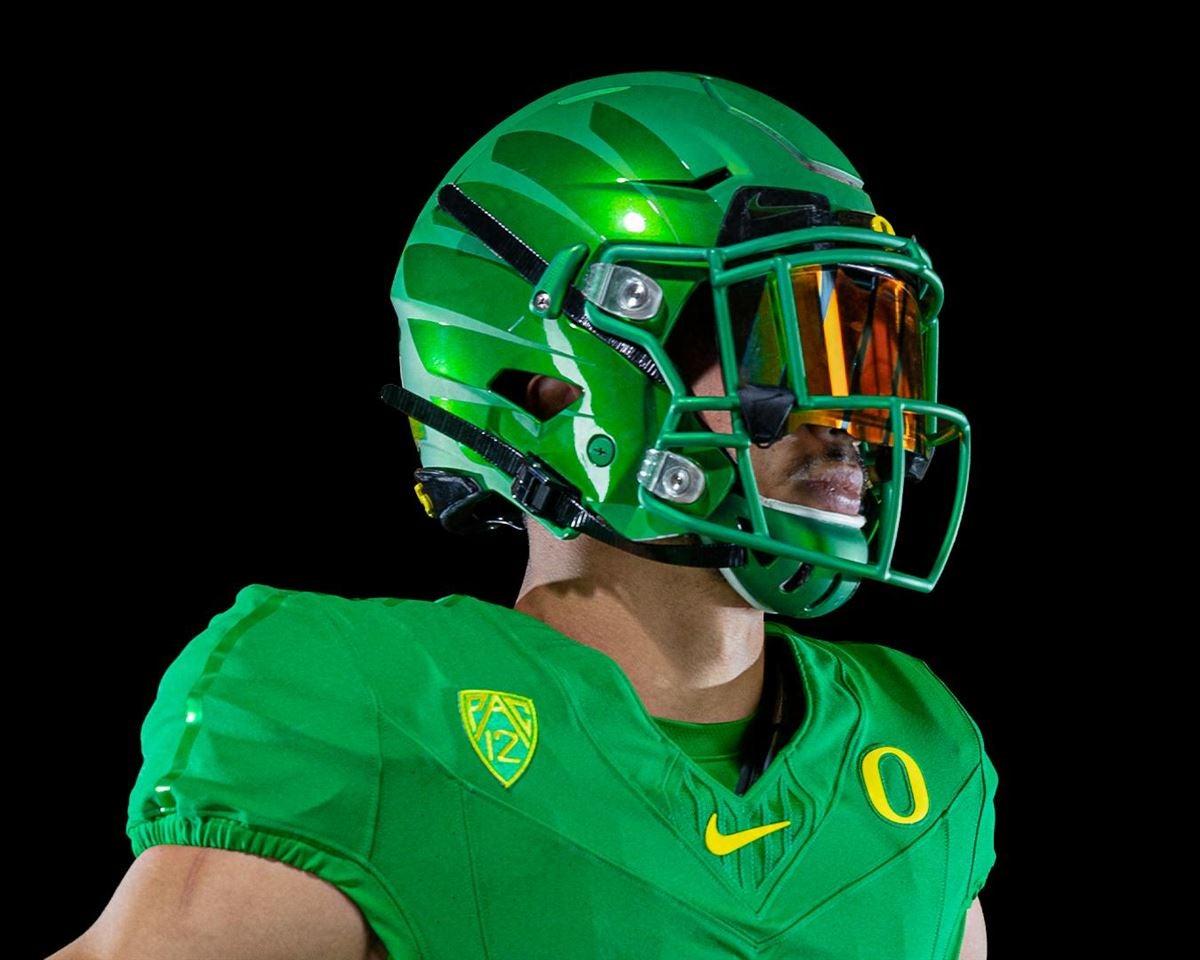 release date 3b5fc ac60a Oregon releases 2019 'Nike Vapor Fusion' Uniforms