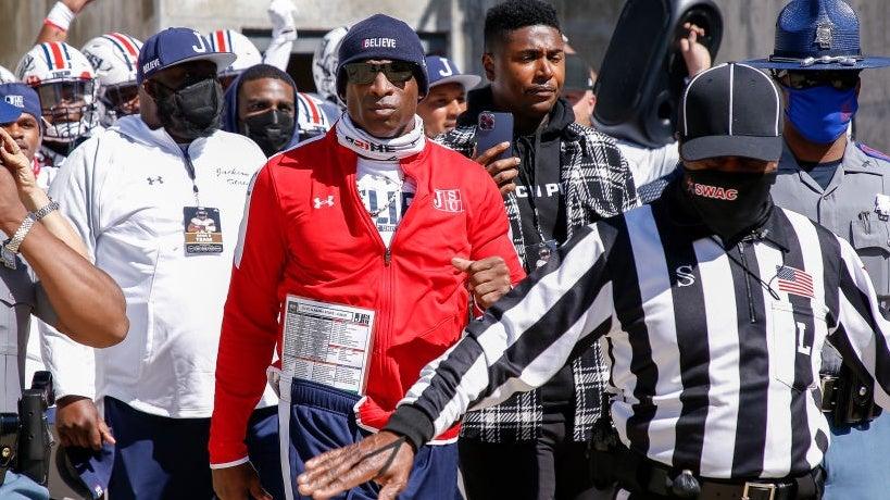 USC football: Reggie Bush calls for Trojans to hire Deion Sanders
