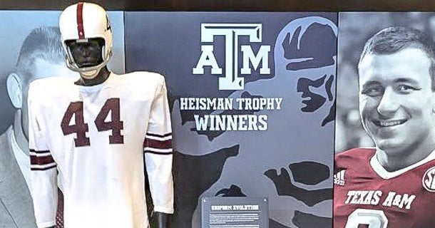 Manziel's jersey stolen from Texas A&M's Hall of Champions