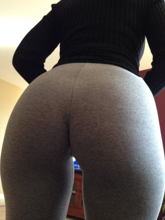 Sexy Girls In Workout Pants