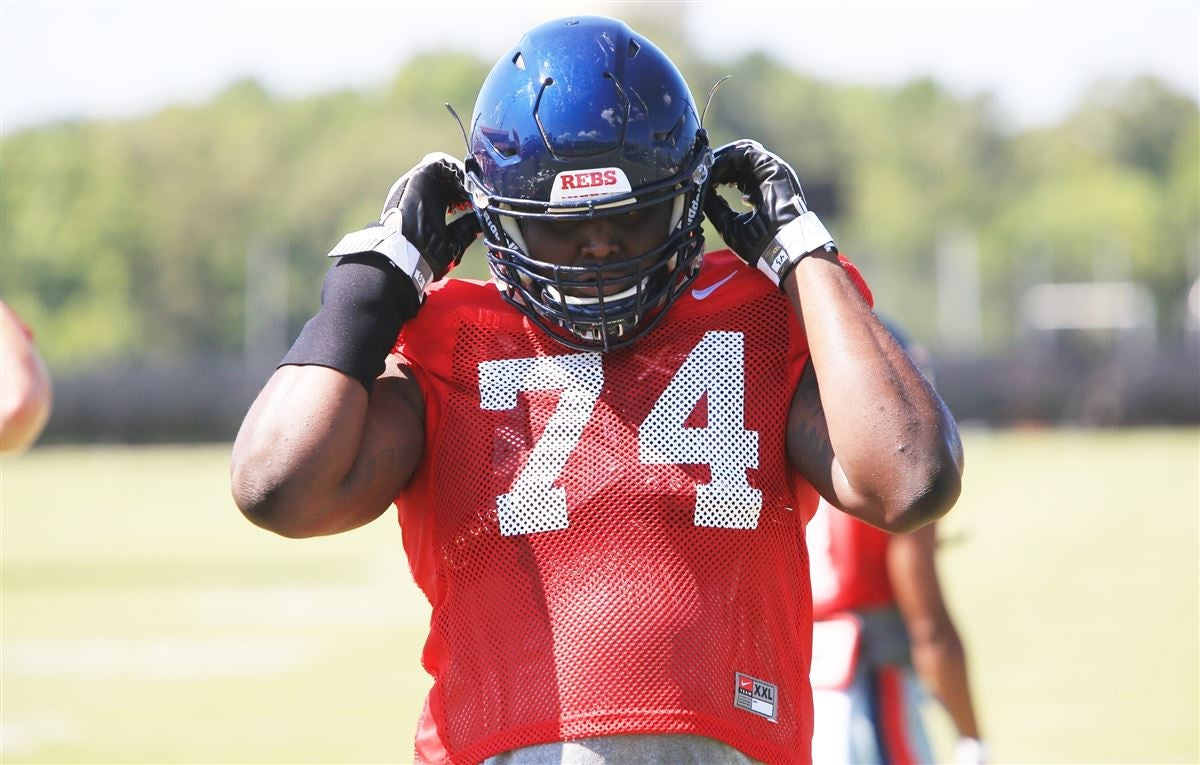 Athlon Names Ole Miss Offensive Line One Of Nation's Best