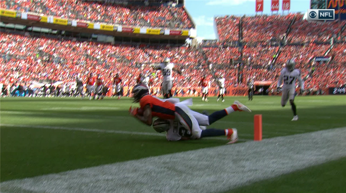 89617965e ... with his knee about to hit. This likely would ve stood if it was ruled  a TD from the outset