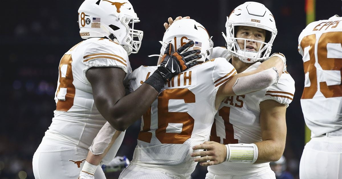 Instant Reactions: Texas rebounds from loss, blasts Rice, 48-13