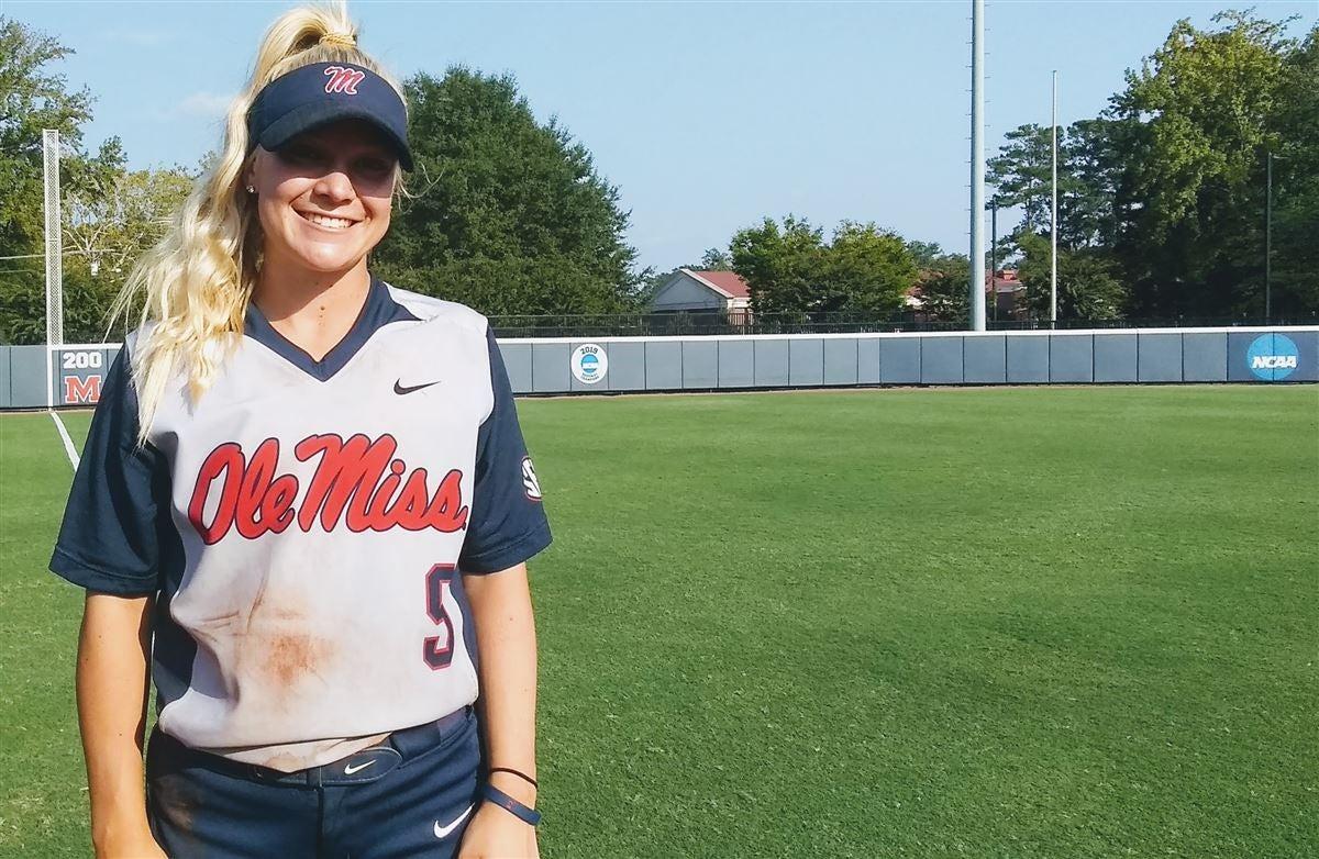 Softball: True freshmen Smith, Jones already making waves