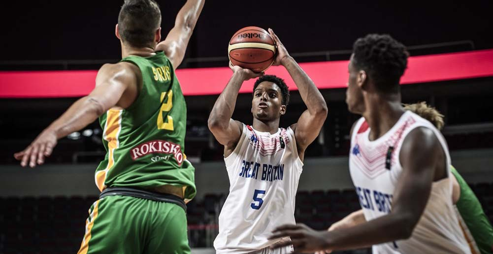 Kareem Queeley shines at FIBA u18, considering college
