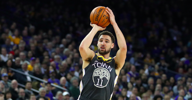 Report: Warriors fear 'significant' injury for Klay Thompson