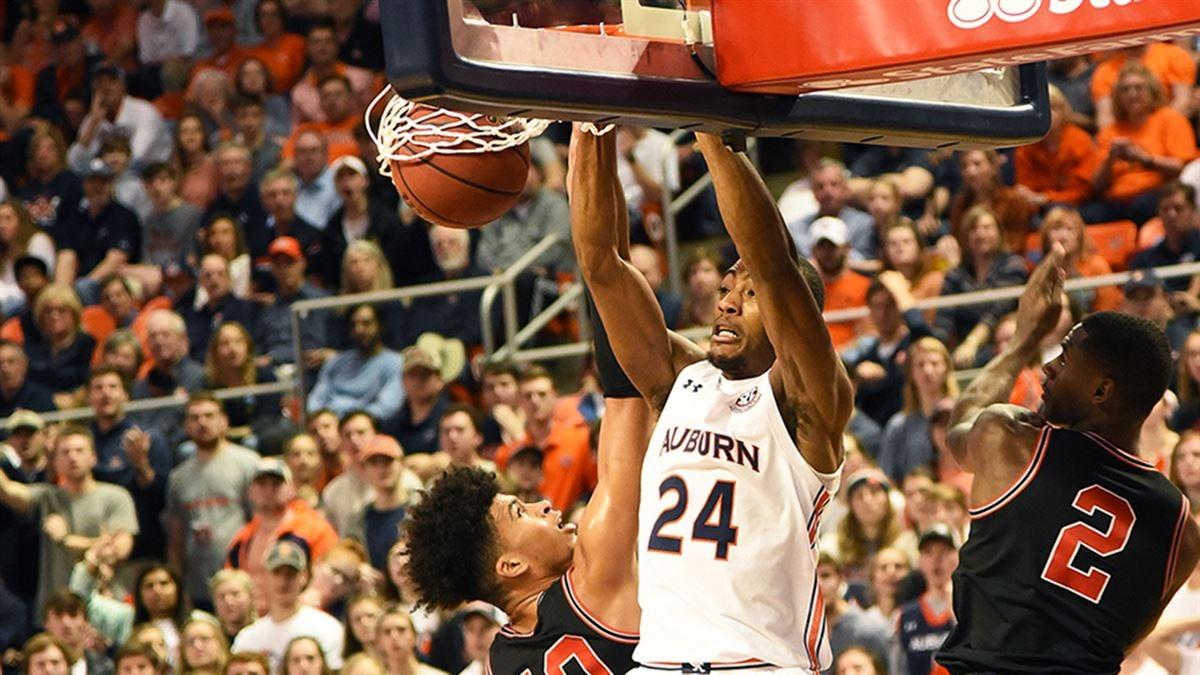 Down A Dozen Auburn Makes Big Drop In Top 25 Basketball Polls