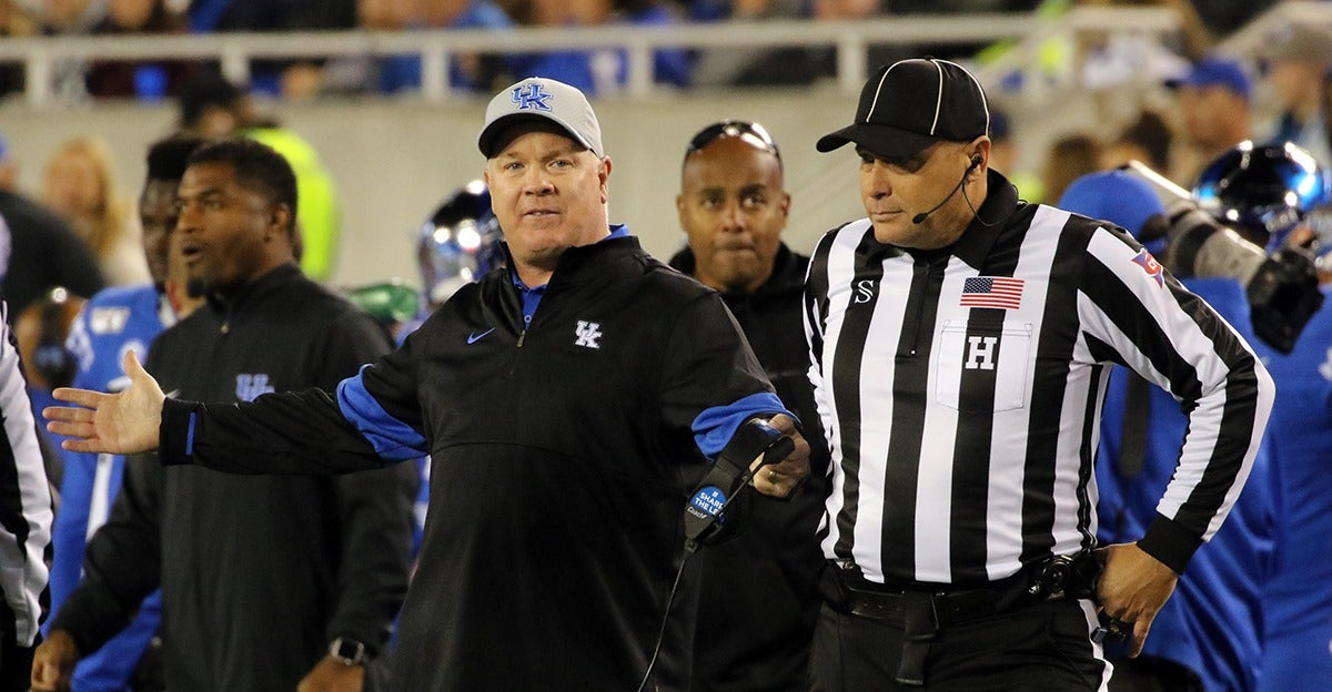 Everything Mark Stoops said after UK's win over Arkansas