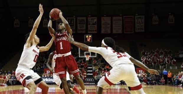 Indiana snaps losing streak with 65-43 win over Rutgers