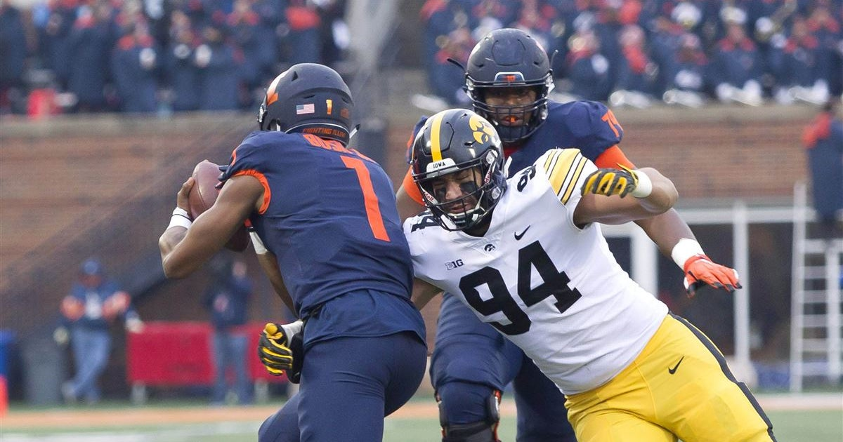 Pair of Hawkeyes among top 11 prospects by Pro Football Focus